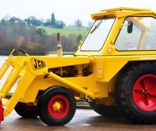 JCB backhoe restoration